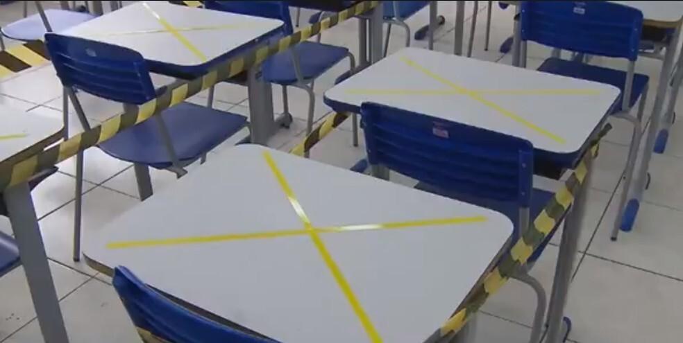 Protocolo prevê distanciamento de 1,5m entre os alunos — Foto: Reprodução/RPC