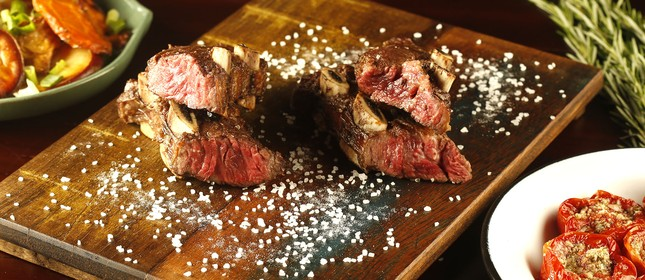 Friboi, da JBS, amplia vendas de linhas de carnes especiais a pequenas e médias empresas com plataforma on-line: pagamento no cartão