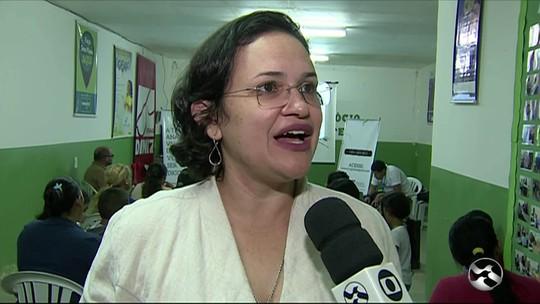 Moradores de bairro de Caruaru recebem orientações sobre desligamento do sinal analógico