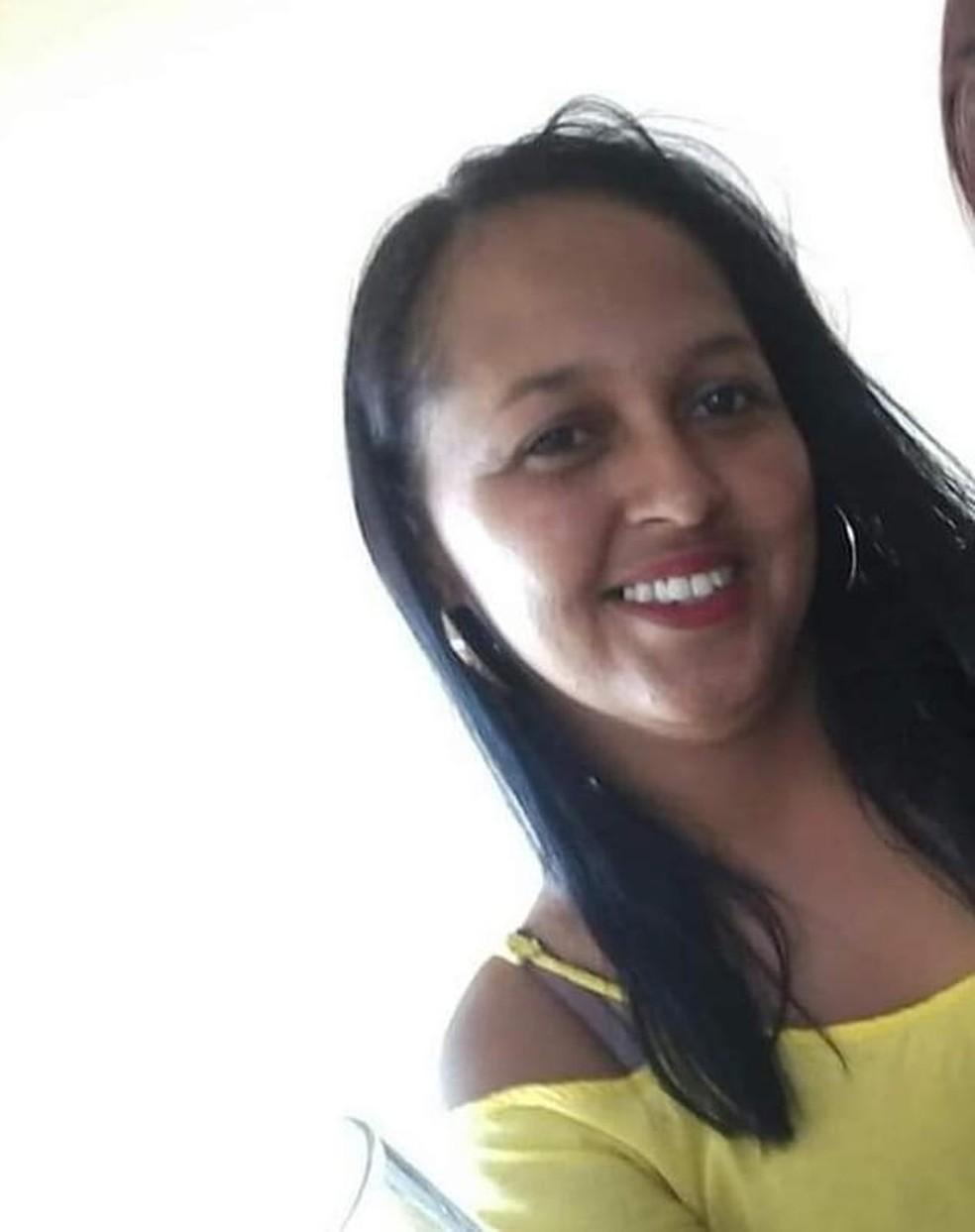 Janaina morreu com tiro na cabeça  Foto: Redes sociais