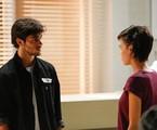Jonatas (Felipe Simas) e Leila (Carla Salle) | TV Globo