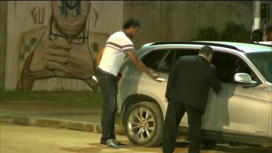 Goleiro Bruno sai da cadeia e vai cumprir regime semiaberto