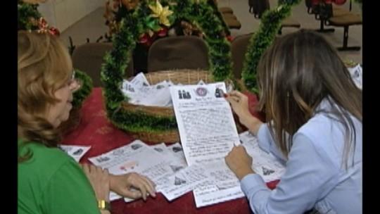 Correios recebem cartinhas para o 'Papai Noel'