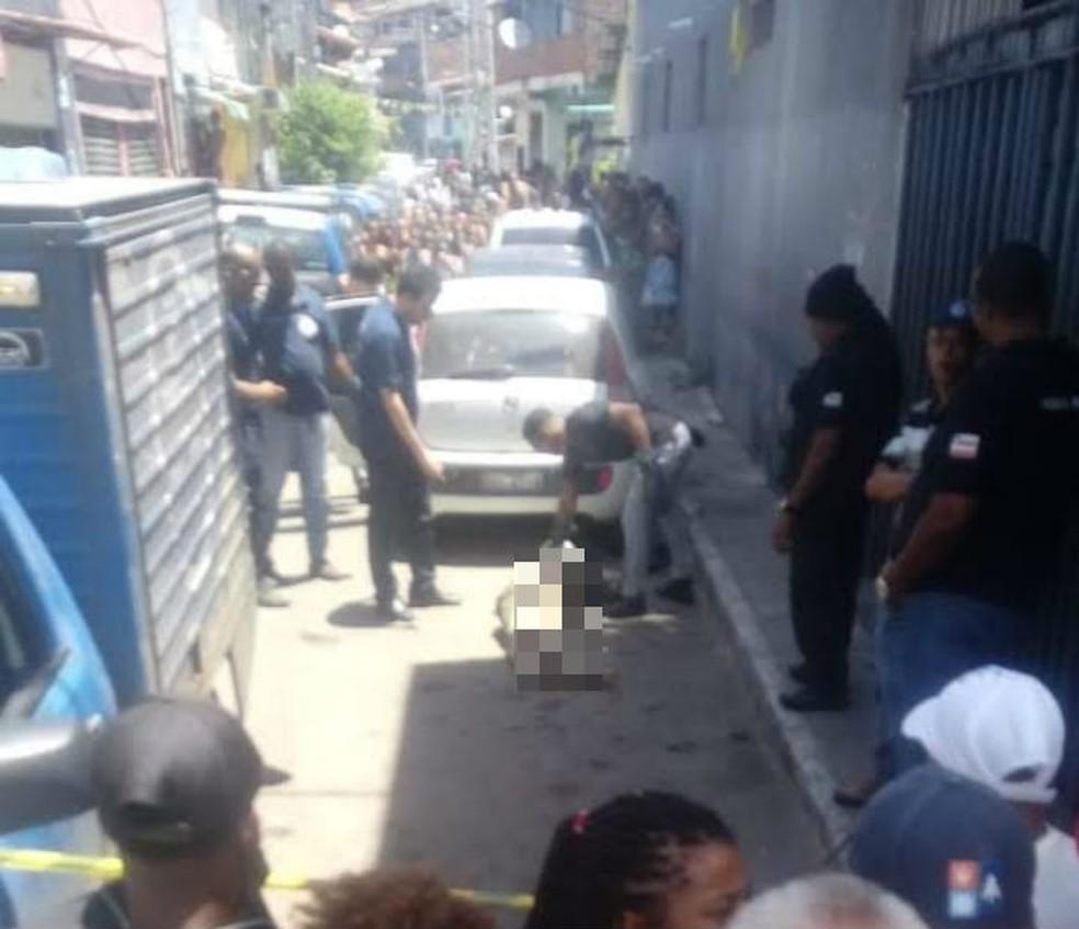Corpo foi encontrado em carro abandonado no bairro de São Cristóvão  — Foto: Arquivo Pessoal