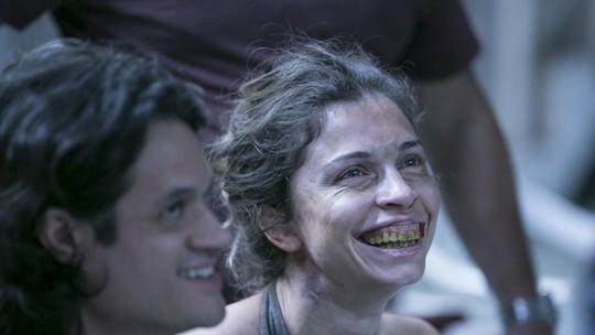 Grazi com dentadura, Lombardi e Drica no 'arrocha', zoação de Camila... Veja flagras inéditos!
