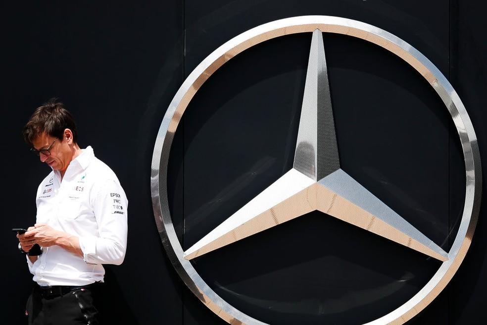 Toto Wolff, chefe da Mercedes, no GP da Espanha — Foto: Eric Alonso/Getty Images