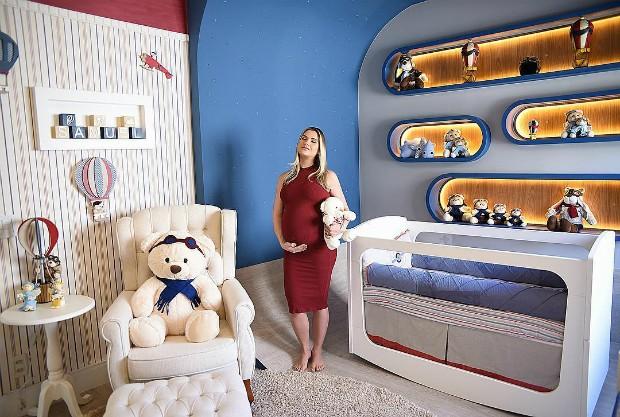 Andressa Suíta posou  no quarto de Samuel um dia antes de dar à luz (Foto: Instagram / Reprodução)