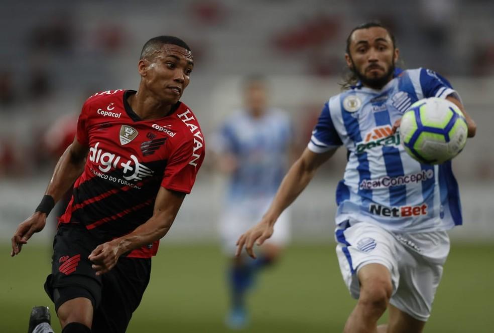 Madson está na reserva do Athletico — Foto: Jonathan Campos/Gazeta do Povo