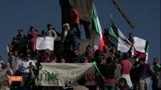 Moradores de Tijuana, no México, protestam contra caravana de migrantes da América Central
