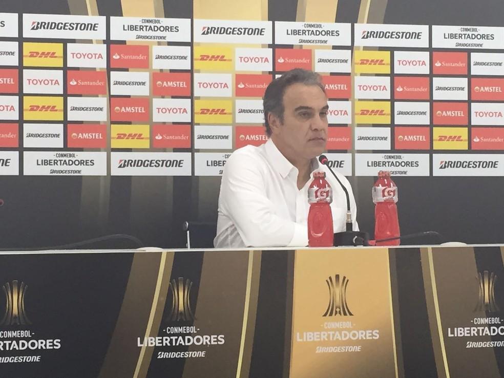 Martín Lasarte elogiou o Botafogo e criticou descontrole de seus jogadores no fim (Foto: Thiago Lima)