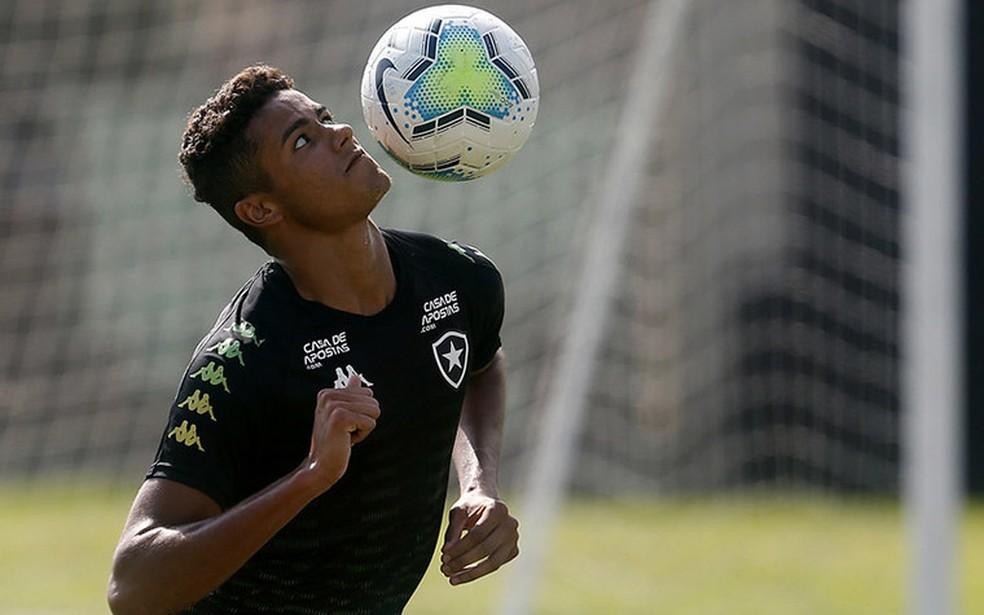 Vitinho, meia-atacante da base do Botafogo — Foto: Vitor Silva/Botafogo