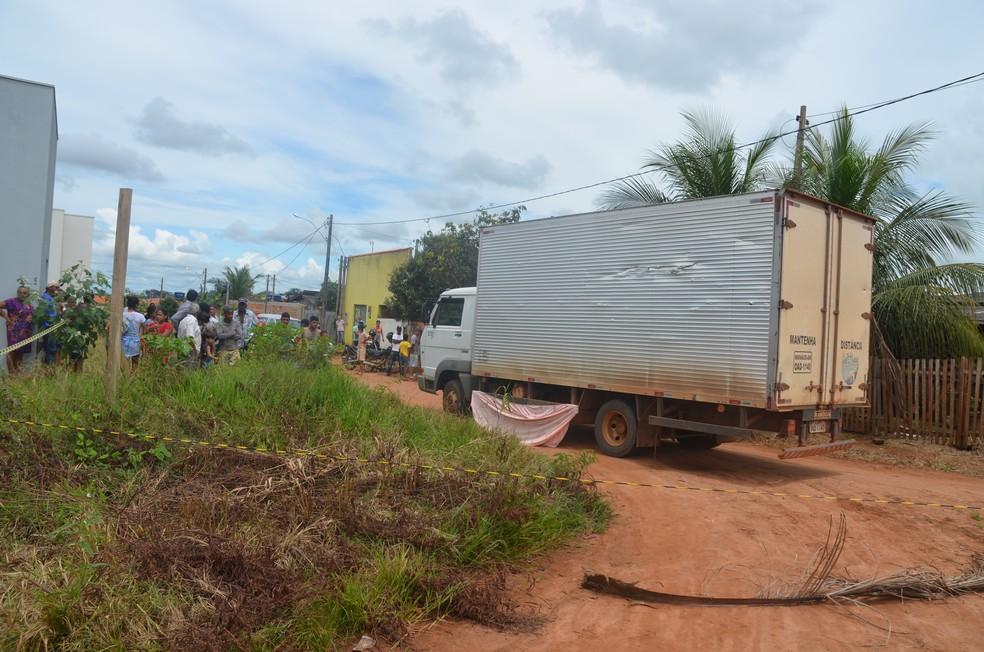 Motorista alegou à polícia que não viu as crianças (Foto: Magda Oliveira/G1)