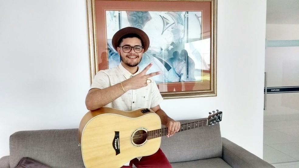 Victor Filgueira é natural de Arez (Foto: Lucas Cortez/G1)