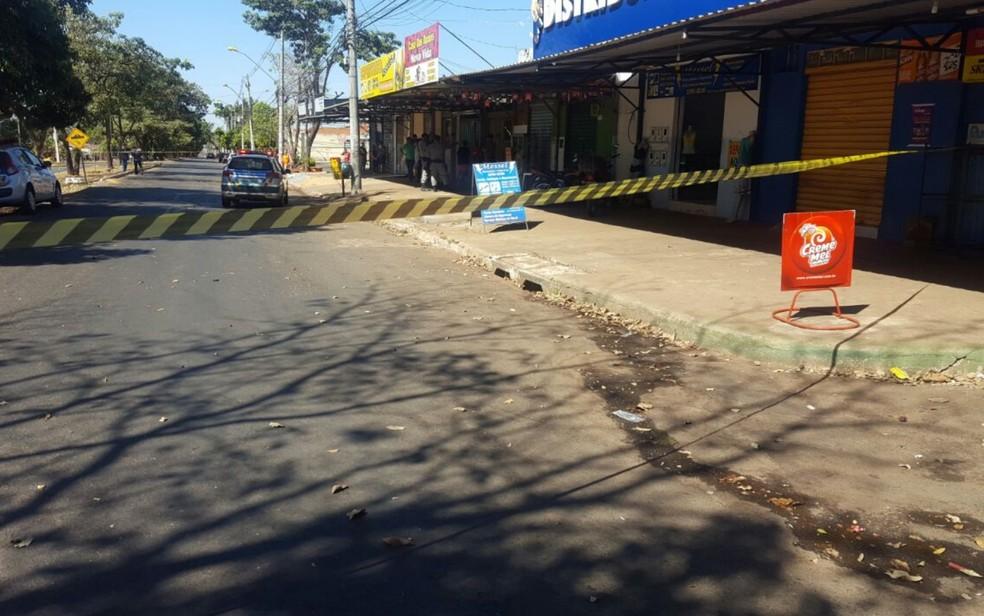 Tiroteio ocorreu no Setor Vera Cruz II, em Goiânia (Foto: Thais Luquesi/TV Anhanguera)
