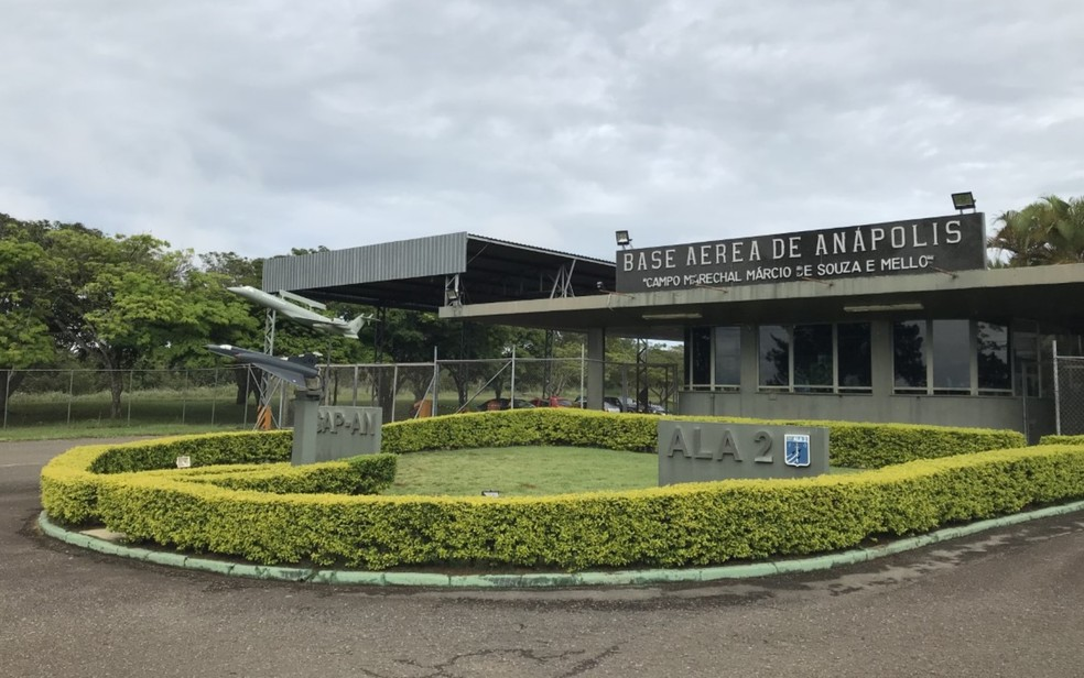 Grupo ficou por 14 dias na Base Aérea de Anápolis — Foto: Vitor Santana/G1