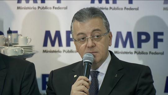 Ex-presidente da Petrobras e do BB é condenado a 11 anos de prisão