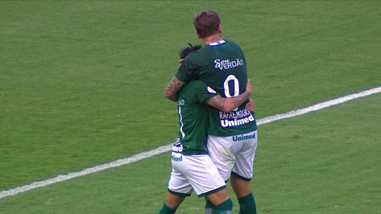Thalles comemora assistência para gol de Michael e ganha elogios do técnico Ney Franco