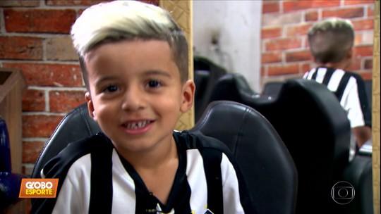 """Fã de Soteldo, do Santos, faz transformação, deixa cabelo igual ao do ídolo e vira """"Soteldinho"""""""