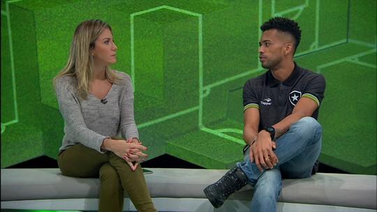 """Fora do time, Luís Ricardo elogia Jair Ventura: """"Um dos grandes do Brasil"""""""