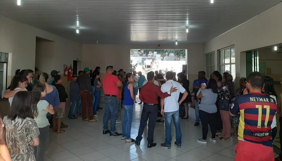 Corpo de Aline Dantas foi velado em Alumínio (SP) — Foto: Priscila Mota/TV TEM