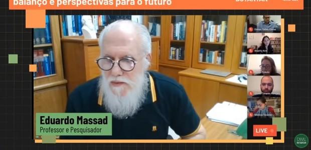 Professor Eduardo Massad participa de seminário virtual sobre perspectivas para o coronavírus (Foto: Reprodução/YouTube/Canal Butantan)