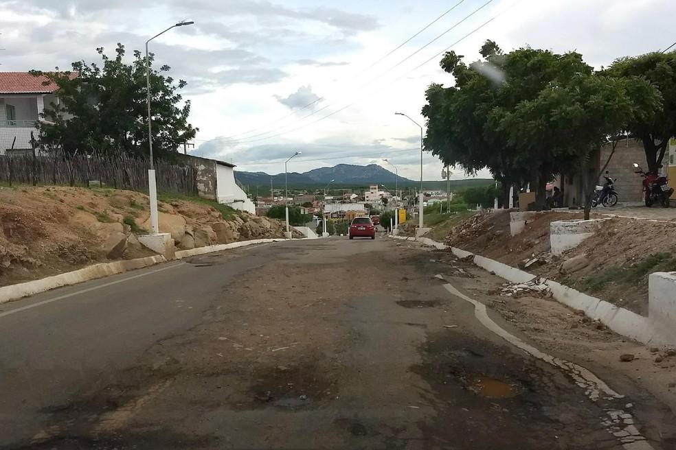 BR-226 entre Triunfo Potiguar e Campo Grande está deteriorada e foi alvo de ação civil pública (Foto: Divulgação/MPF)