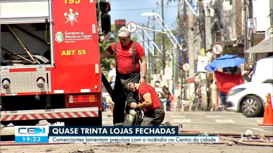 Terceiro dia de prejuízos para lojistas da General Sampaio, no Centro de Fortaleza