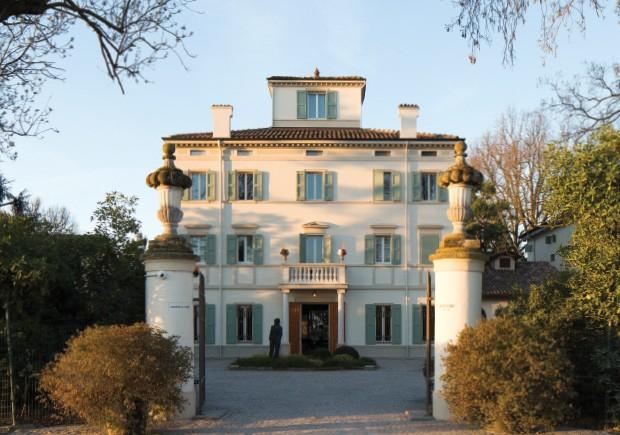 Living: A fachada da parte mais antiga da Casa Maria Luigia, construída em 1775.  (Foto: Filipo Bamberghi)