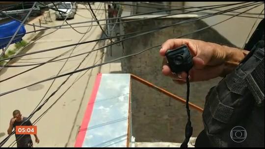 Traficantes usam sistema de câmeras de alta tecnologia para monitorar favela no RJ