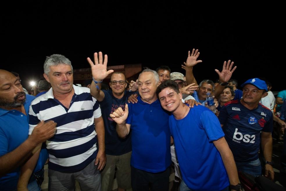 Doutor Luiz celebra vitória em eleição suplementar em Tianguá — Foto: Thiago Gadelha/SVM