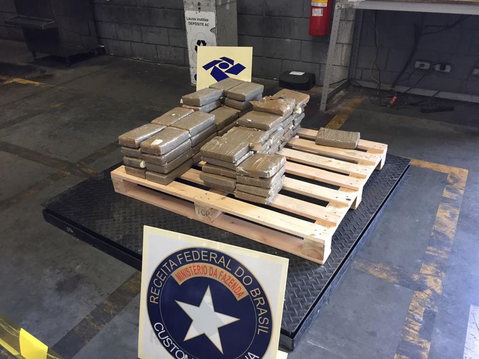 Ao todo, foram apreendidos 69 quilos de cocaína (Foto: Receita Federal/Divulgação)