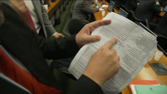Delegado Waldir aciona o Supremo para retomar vaga na CCJ da Câmara