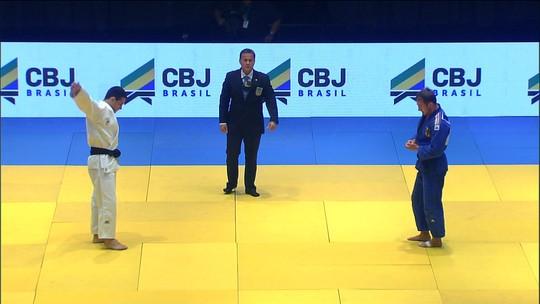 """Brasil """"goleia"""" Alemanha por 5 a 0 no duelo por equipes em teatro no Rio"""