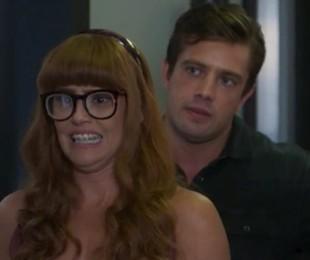 Alexia (Deborah Secco) e Renzo (Rafael Cardoso) em 'Salve-se quem puder'   TV Globo
