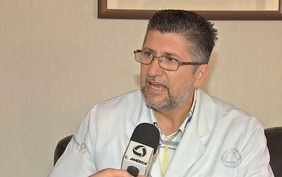 Médico Jony Soares Ramos morreu em um acidente na MT-251, em Cuiabá — Foto: TV Centro América