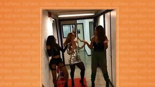 Paolla Oliveira rebola com Ludmilla nos bastidores do 'Caldeirão de Ouro'