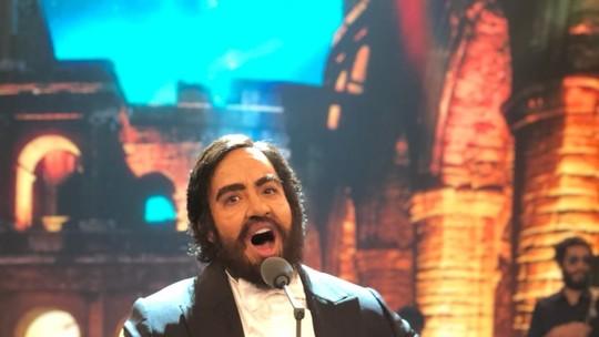 'Show dos Famosos': Helga Nemeczyk surpreende jurados em homenagem a Luciano Pavarotti