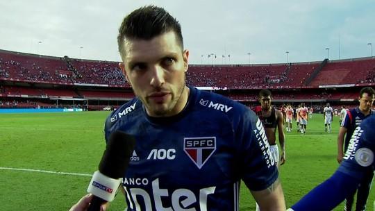 """Tiago Volpi assume a culpa por derrota do São Paulo no Morumbi: """"Perdemos por esse lance"""""""