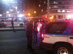 Vários manifestantes foram detidos. Pelo menos um deles, tinha coquetel molotov, segundo polícia (Foto: Priscilla Souza/G1)