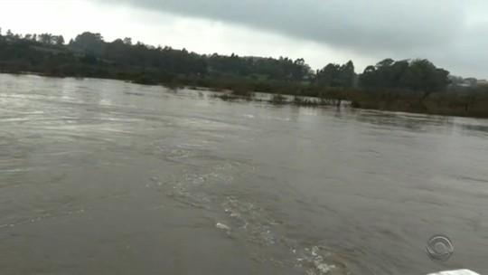 Previsão de retorno da chuva mantém alerta para níveis de rios no Rio Grande do Sul