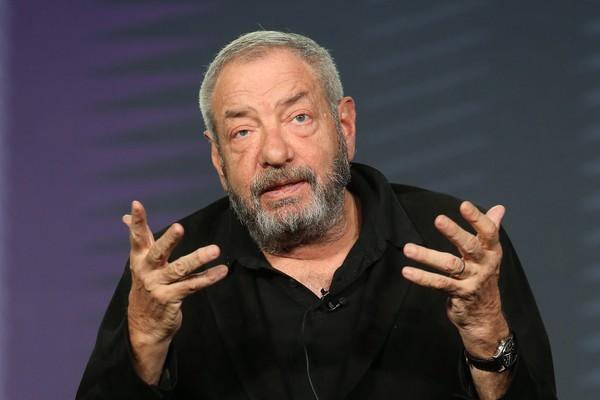 O criador e produtor das séries Law & Order, Dick Wolf (Foto: Getty Images)