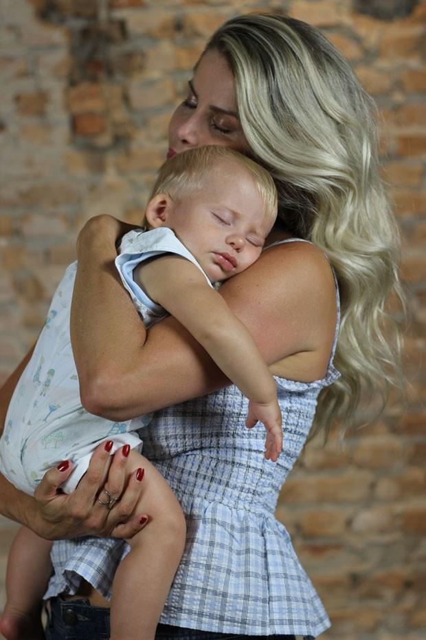 Mãe de Enrico, Karina Bacchi planeja mais filhos com Amaury Nunes (Foto: Cristiane Senna)