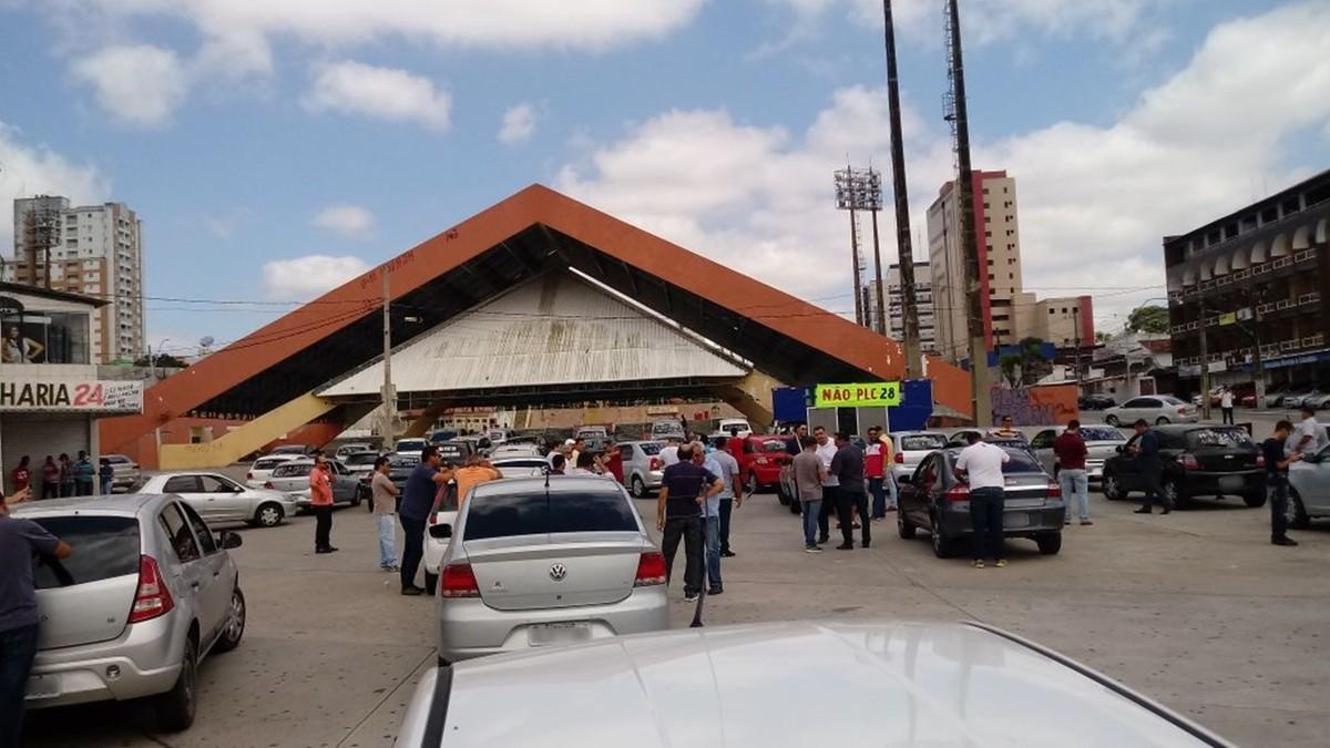 Motoristas de Uber protestam na Paraíba contra projeto de lei