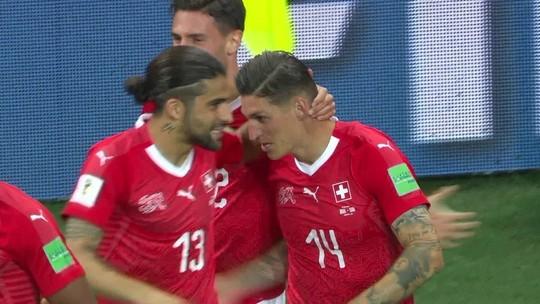 Do gol da Espanha em 86 à falta em Miranda: Brasil e as polêmicas nas estreias