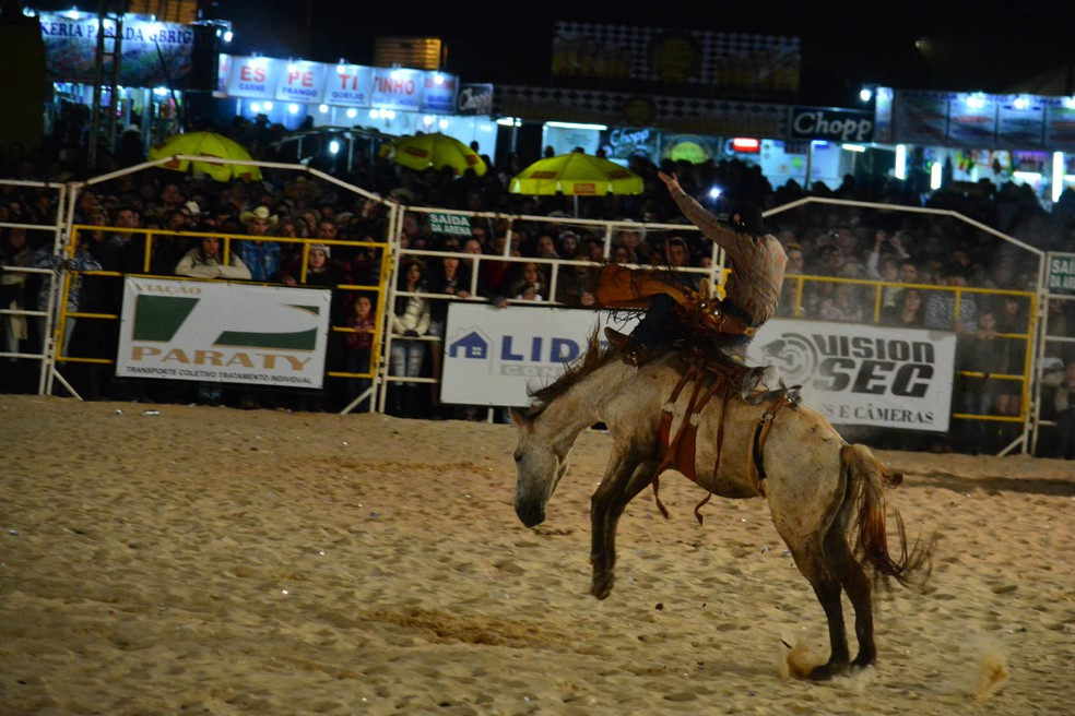 Rodeio de Ibaté espera 100 mil pessoas a partir de quinta-feira (Foto: Jeffrey Souza)