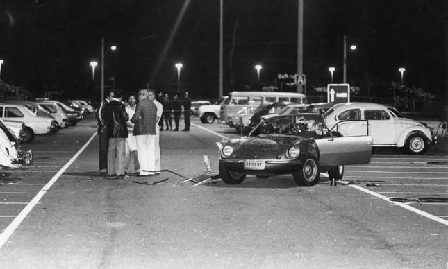 O Puma GTE no estacionamento do Riocentro, após a explosão