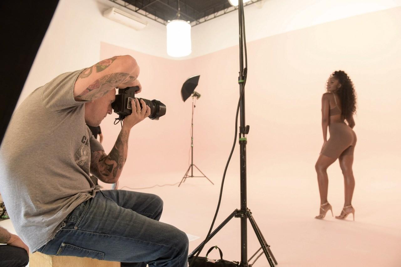 Cláudia Leitte e IZA prezam pelo conforto na escolha da lingerie (Foto: Reprodução / Instagram)