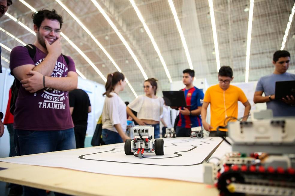 No Dia T, os estudantes entram em contato com propostas inovadoras e criativas. (Foto: Ares Soares/Unifor)