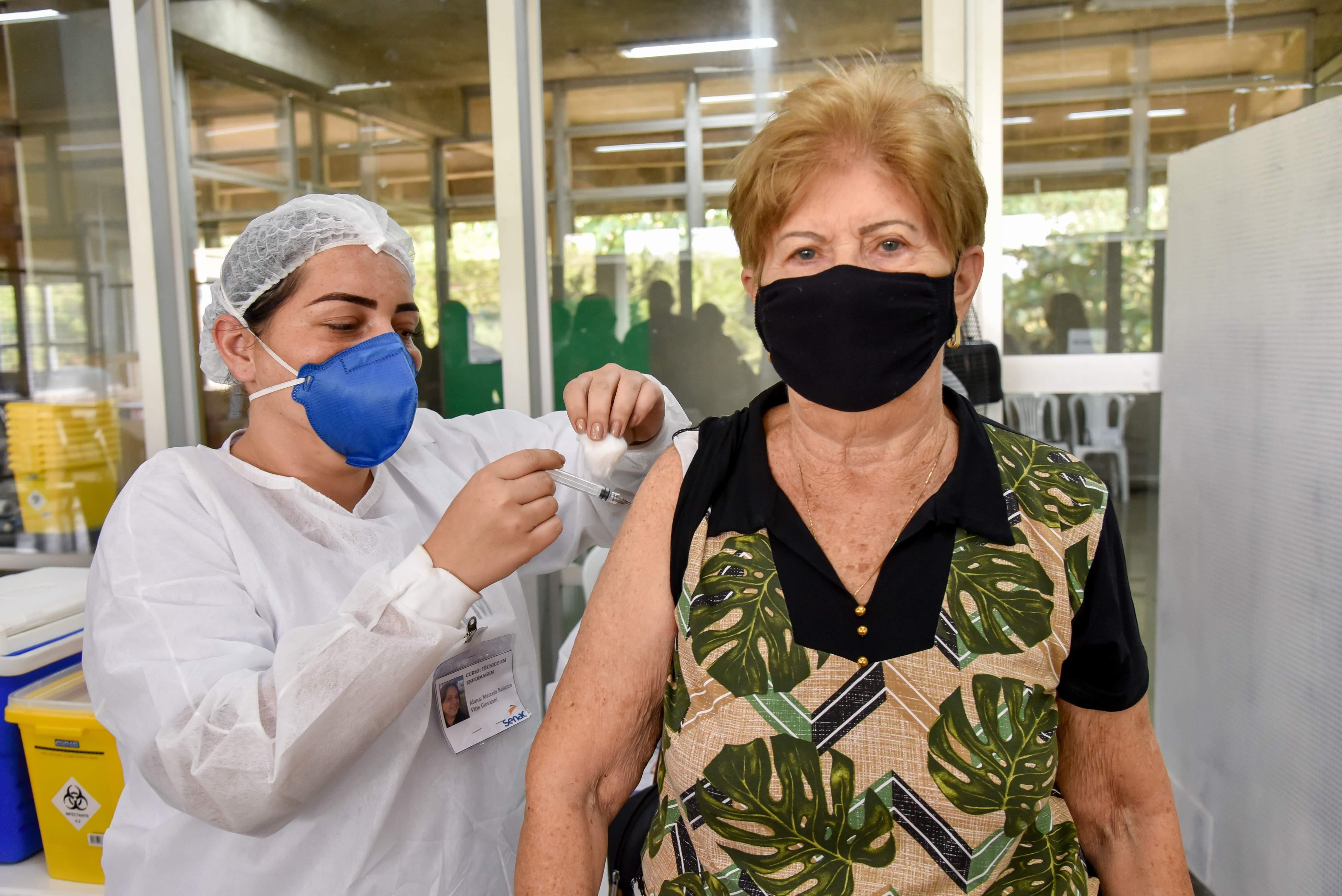 Rio Claro faz repescagem da 1ª dose da vacina contra Covid para 18 anos ou mais nesta quinta