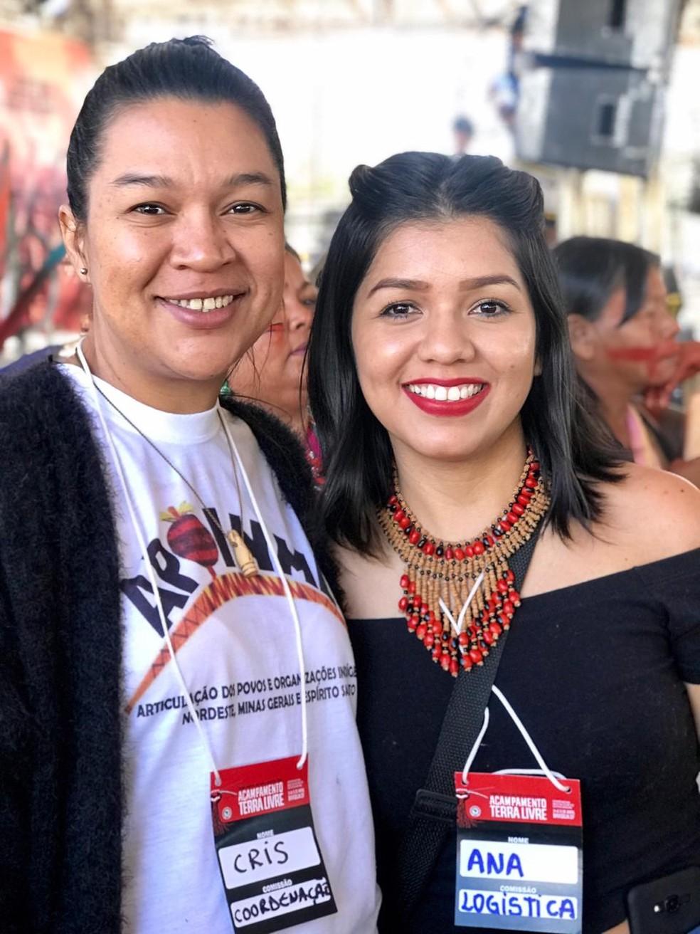Cristiane Julião (à esquerda na foto) veio de Pernambuco para o evento — Foto: Divulgação/Apib